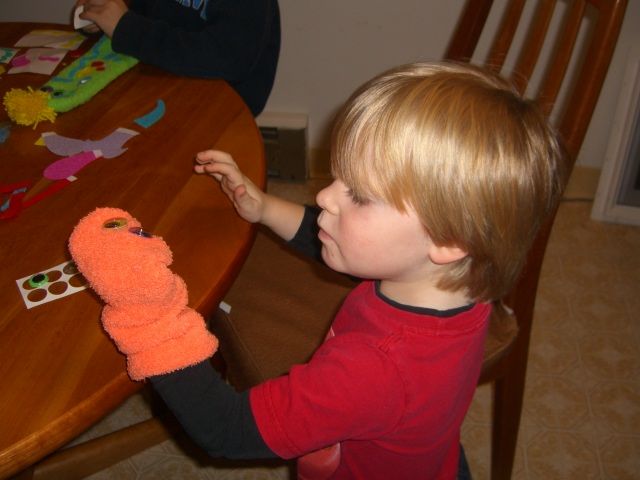 Sock Puppet Kit Review (1)