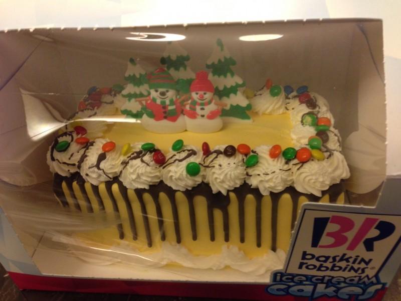 Baskin-Robbins Holiday Cake