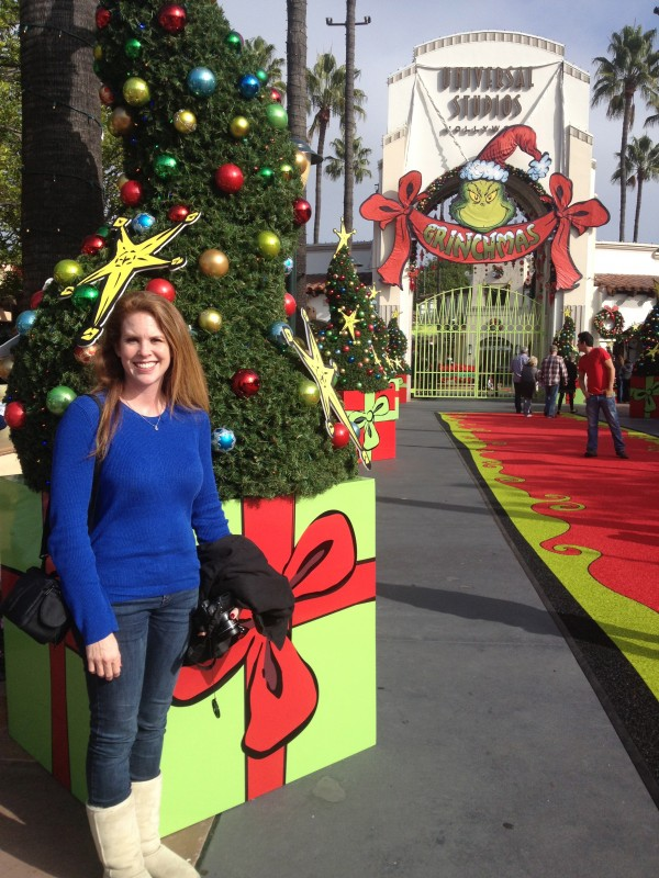 Betty White Grinchmas Universal Studios Hollywood 12