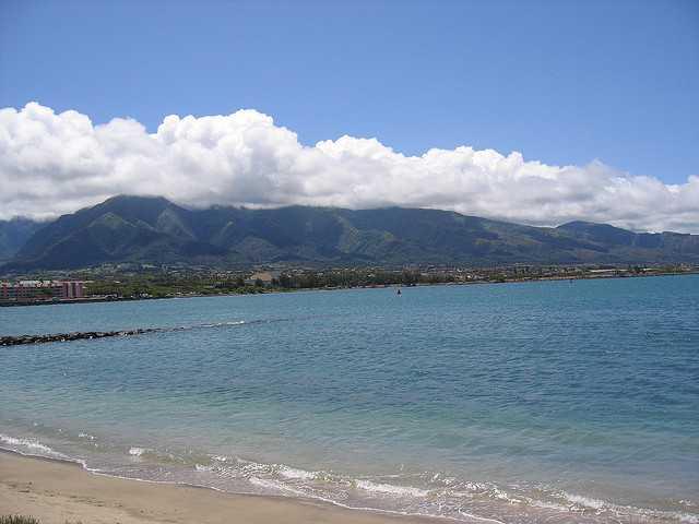 Kahului_Harbor-Kahului-Hawaii-58d9604abb014c9a9d2e524d0aceb835_c