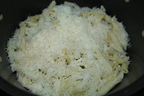 Kid-Friendly Chicken Alfredo Casserole Bake Recipe 4