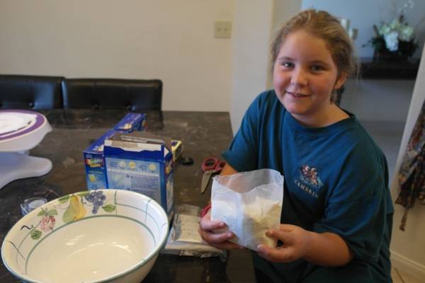 Pillsbury Lil' Celebrations Donut Kits 3