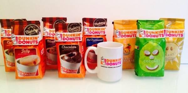 #DunkinDonuts #DunkinAtHome #HungryGirl #spon