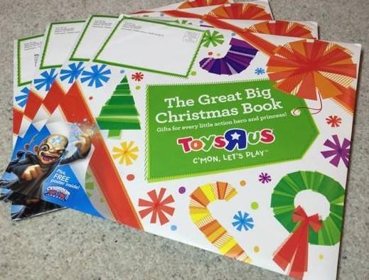 #ToysRUs #Holidays #HolidayGiftGuide #LetsPlay #ad