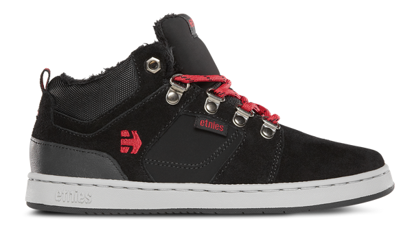 #get4giving #holiday #holidaygiftguide #etnies #sponsored